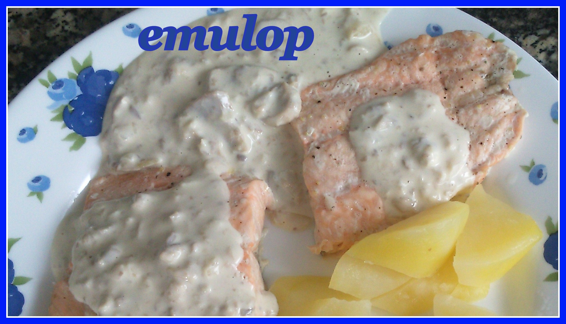 Salm n con salsa de champi ones y patatas pescados y - Salmon con champinones ...