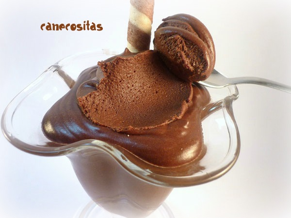 Mousse de chocolate con nubes