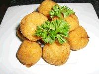 Bolitas de bacalao con salsa Romescu Thermomix®