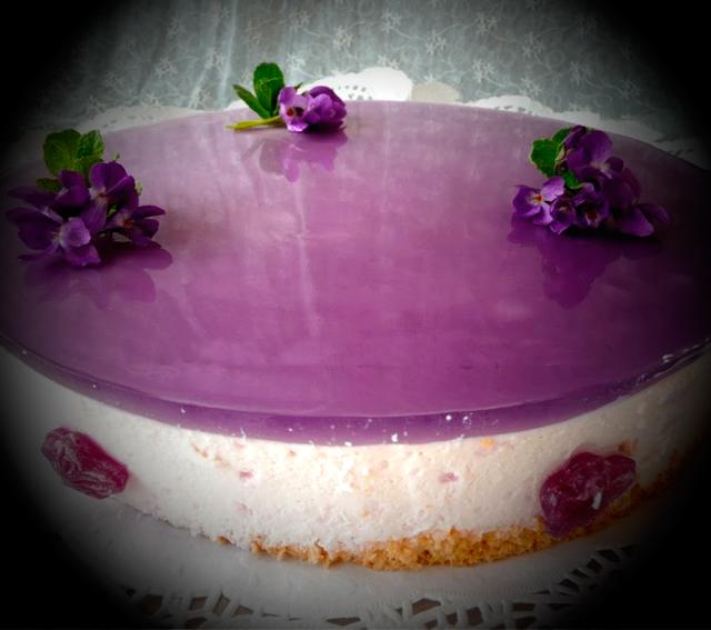 Tarta Mouse de caramelos de violetas