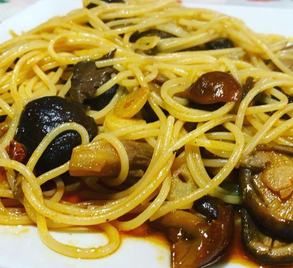 Espaguettis con setas del bosque