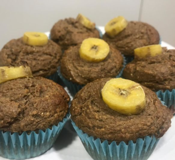 Muffins de plátano y dátiles by Ana