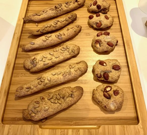 Galletas saladas con cacahuetes y rosquilletas con pipas - Super crujientes