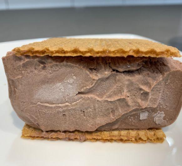 Helado de corte de nata y chocolate con Thermomix®