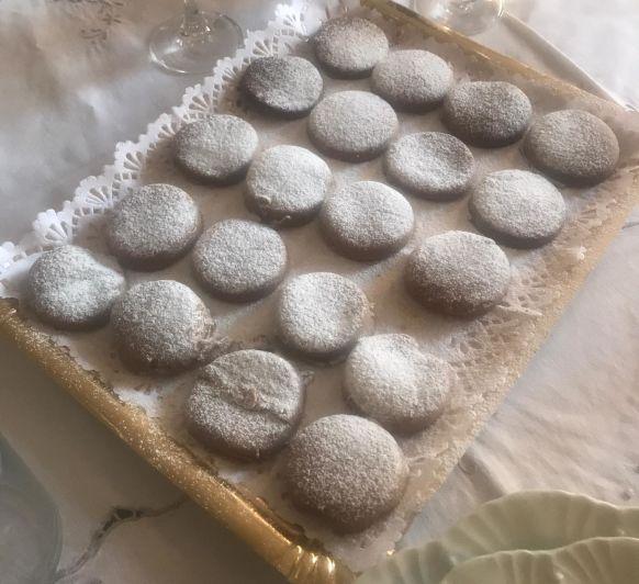 Polvorones de cacao y almendra by Pilar con Thermomix®