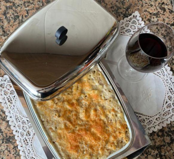 Macarrones con carne picada y queso manchego by Clara con Thermomix®