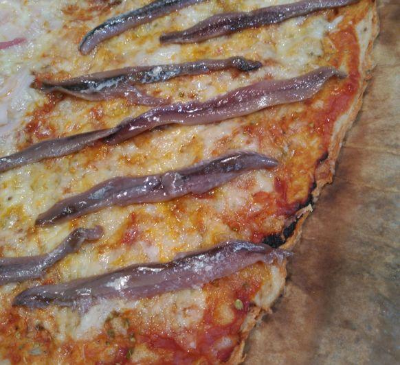 Cómo preparar una pizza integral con anchoas con Thermomix®