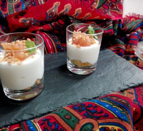 Vasitos de yogur con dulce de membrillo en Thermomix® @
