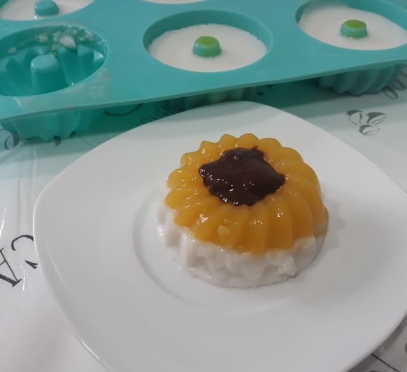 Postre de mango y coco con salsa de chocolate TM6 TM5 TM31