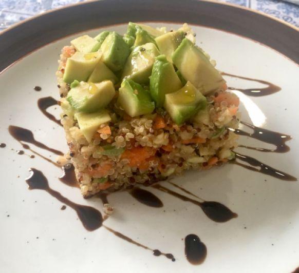 Ensalada Ligera de Calabacín y Quinoa con Thermomix®