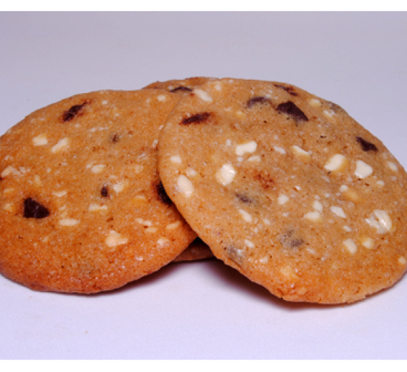 Galletas con chocolate blanco y negro
