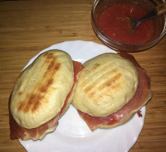 ¡¡¡ Bao buns con jamón serrano y tomate !!!