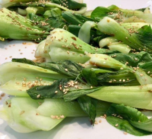 Pak Choi al vapor con aliño de soja y sésamo con Thermomix®